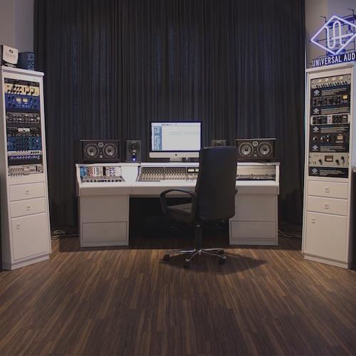20150527_zaor_studios2_500
